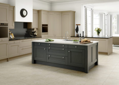 Manor House Shaker Sandstone and Anthracite_web