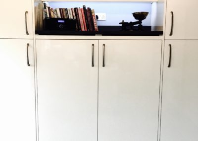 Silestone marengo feature shelf above integrated 2/3 fridge and freezer
