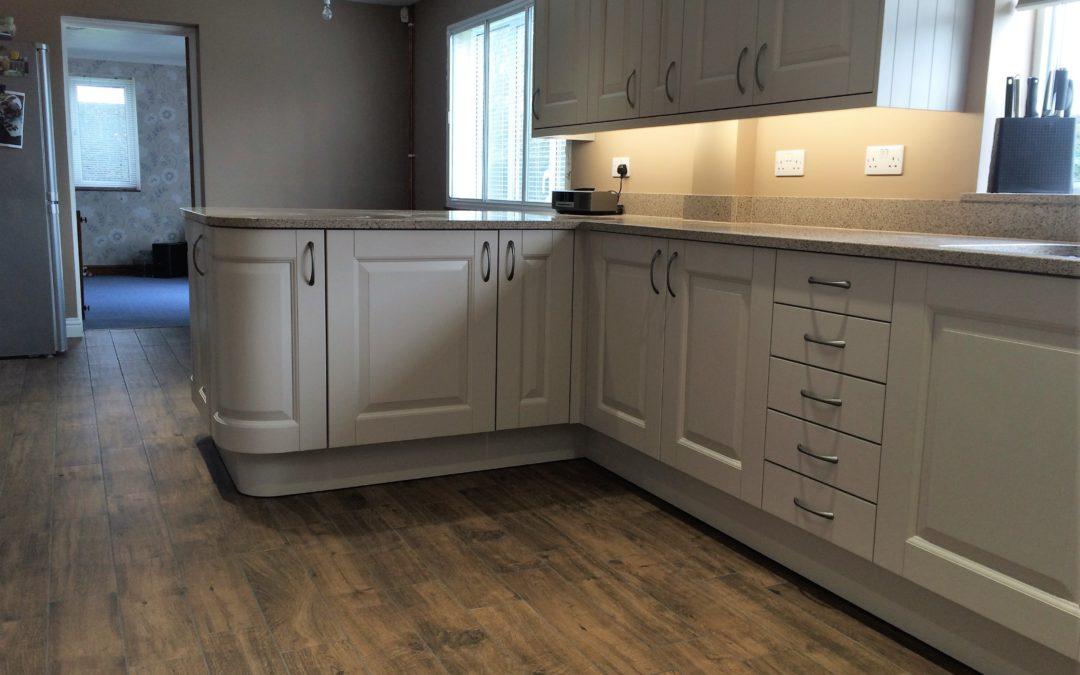 Taupe Painted Wood Kitchen & Silestone Beige Daphne Worktops