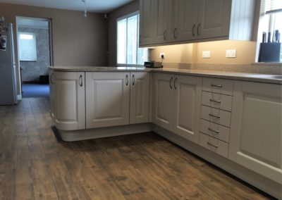 Taupe Painted Wood Kitchen & Silestone Beige Daphne Worktops