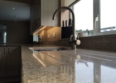 Astracast sink, set in Silestone with draining grooves