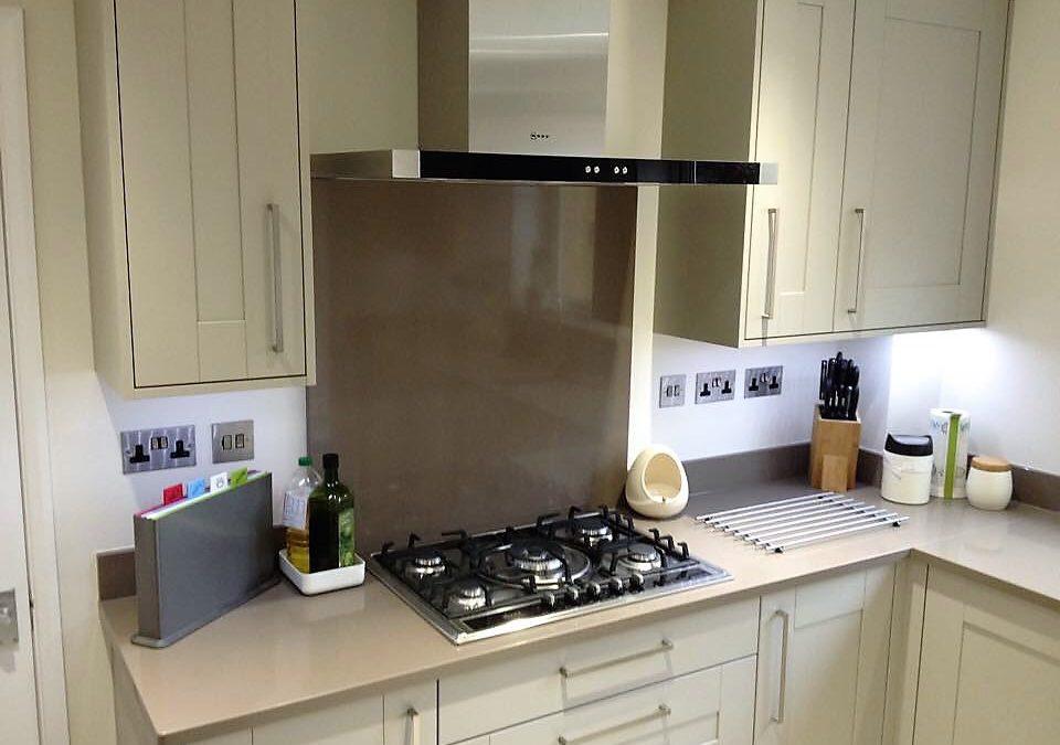 Painted Oak Kitchen & Silestone Unsui Worktops