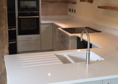 Painted Oak Kitchen & Silestone Blanco Maple Worktops