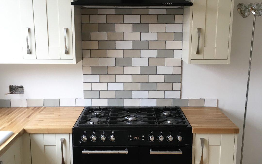 Ivory Painted Ash Shaker Kitchen & Oak Worktops