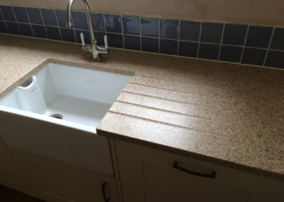 Belfast sink & draining area in worktop